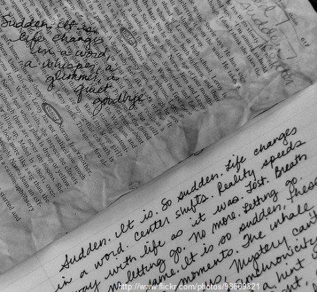autori esordienti scrivere un romanzo