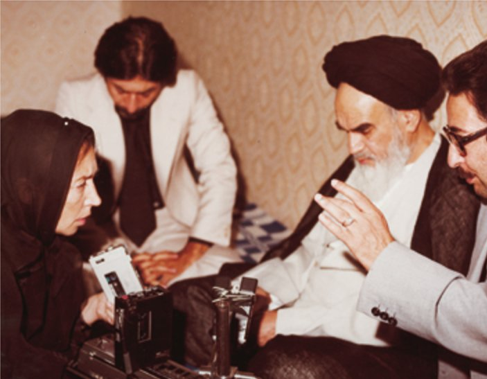 Oriana Fallaci intervista l'Ayatollah Khomeini